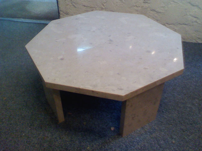 mobilier-granit-table-basse