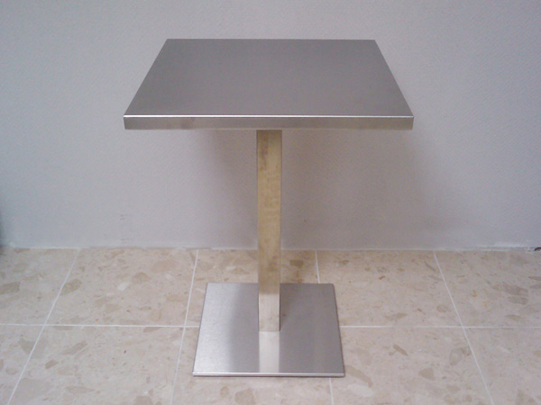 mobilier-granit-table-inox-pied-inox