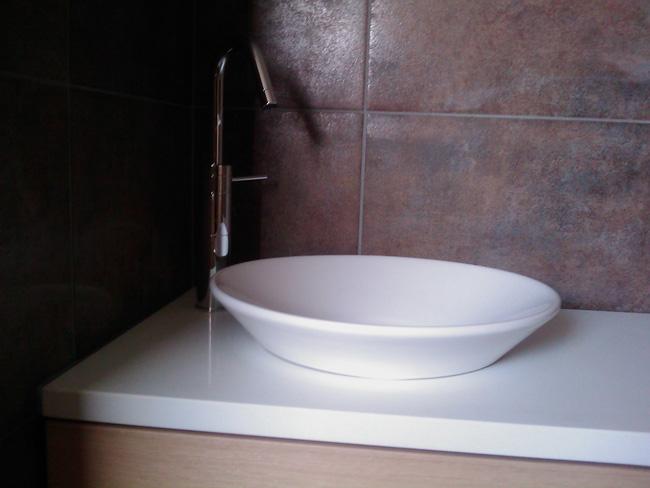 salle-de-bain-granit-crystal-polar-white-2