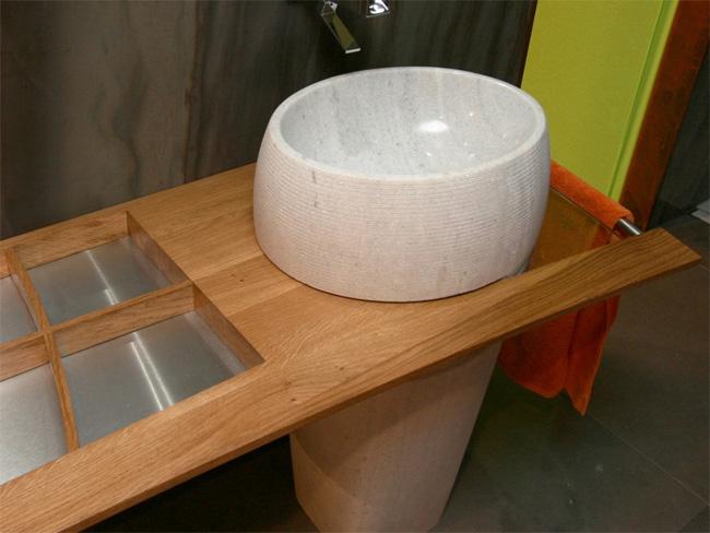 salle-de-bain-granit-vasque-massive