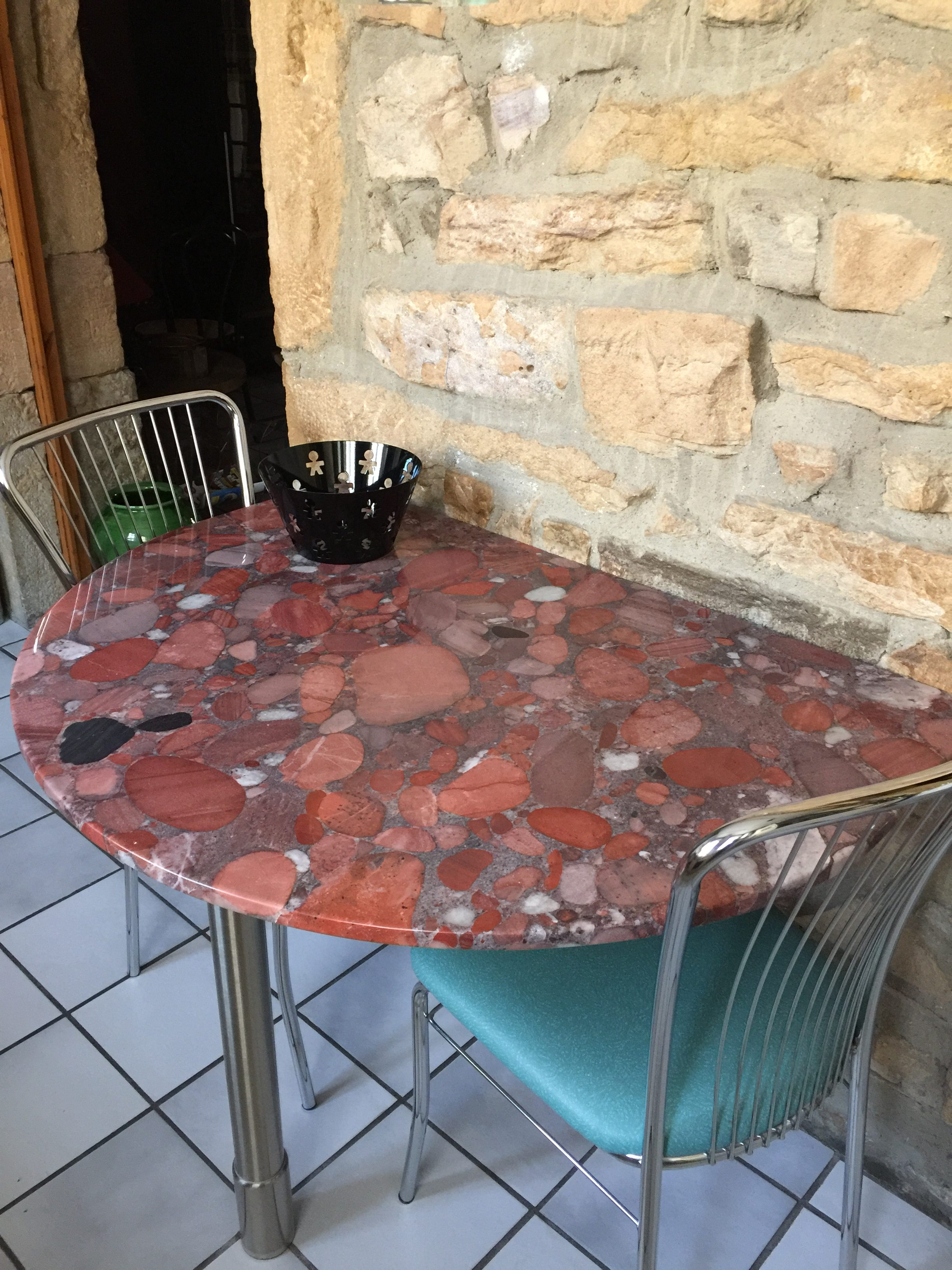 Table MARINACE ROUGE 1